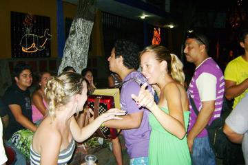 Medellín Pub Crawl Including Food and City Tour