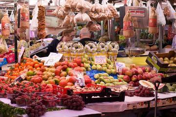Valencian Food Walking Tour Including Mercado de Colón Visit and Wine Tasting