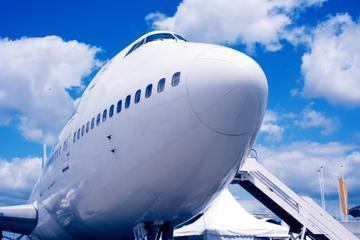 Shared Arrival Transfer: Simon Bolivar International Airport to Santa Marta Hotels