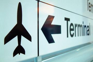 Shared Departure Transfer: Santa Marta Hotels to Simon Bolivar International Airport