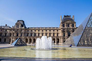 Skip-the-Line: Louvre Museum & Musée d'Orsay Semi-Private Guided Tour
