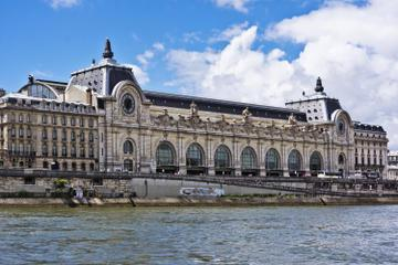 Private Tour: Skip-the-Line Musée d'Orsay & Montmartre Impressionist Walking Tour