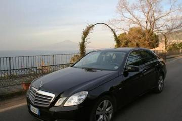 Private Transfer by Car from Naples Airport to Sorrento with English Speaking Driver and 2 hours Stop in Pompeii