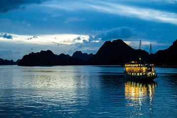 2-Day Ha Long Cruise from Hanoi