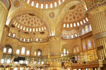 Istanbul Byzantine and Ottoman Tour: Hagia Sophia, Topkapi Palace, Blue Mosque and Grand Bazaar