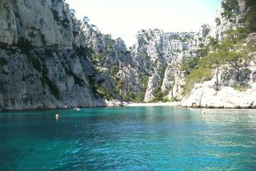 Private Tour: Half-Day Scuba Diving Introduction in the Calanques National Park from Aix-en-Provence