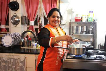 Enjoy A Home-Cooked Lunch in a Local Agra Home