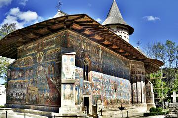 5-Day Bucovina Painted Monasteries Private Tour from Bucharest