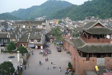 Private Day Tour: Tujia Ethnic Ancient Village of Shiyanping from Zhangjiajie