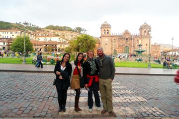 Private Cusco Walking Tour: Inca Museum, Qorikancha and San Pedro Market