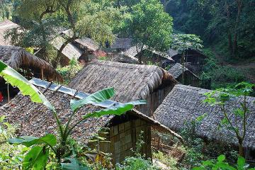 2-Day Lisu Lodge Hill Tribe Experience from Chiang Mai
