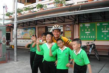 2-Hour Small-Group Biking Tour of Bangkok