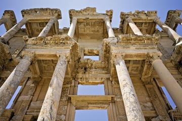 Private Ephesus Tour Including Terrace House and Temple of Artemis from Kusadasi Port