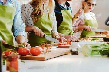 Cooking Class and Private Day Tour from Bucharest