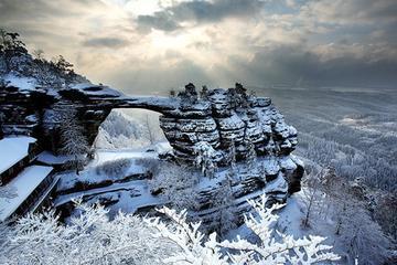 Small-Group Pravcicka Gate Winter Tour from Prague