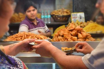 3-Hour Food Walking Tour in Old Delhi