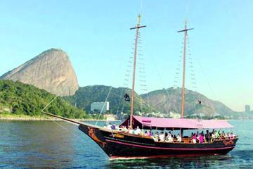 Guanabara Bay Half-Day Cruise from Rio de Janeiro