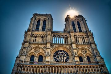 Best of Paris in 2 Hours : Small-Group Walking Tour
