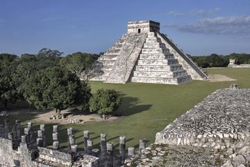 Private Guided Tour: Coba, Chichen Itza and Ik Kil Cenote from Playa del Carmen