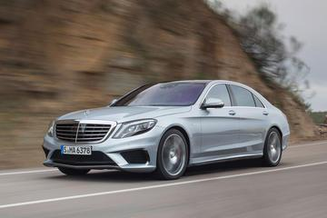 Private Departure Transfer by Luxury Car to Berlin Central Station