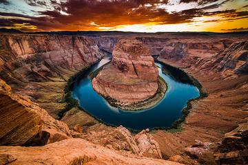 Antelope Canyon and Horseshoe Bend Day Tour