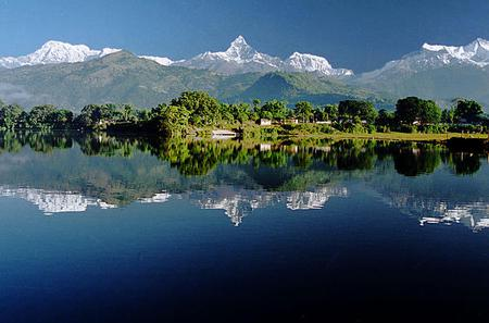 Full-Day Private Pokhara City Tour Including Sunrise in Sarangkot