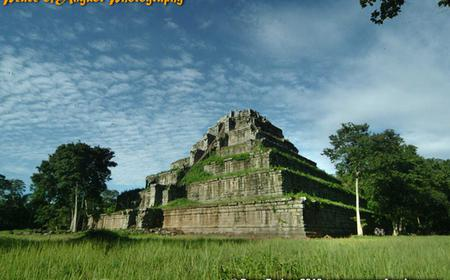 Lost City of Koh Ker & Beng Mealea Temple Full-Day Tour