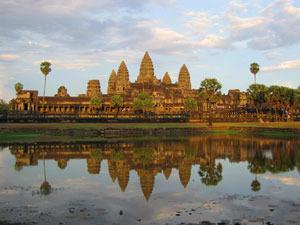 Angkor Wat and Other Main Temples: Full-Day Siem Reap Tour