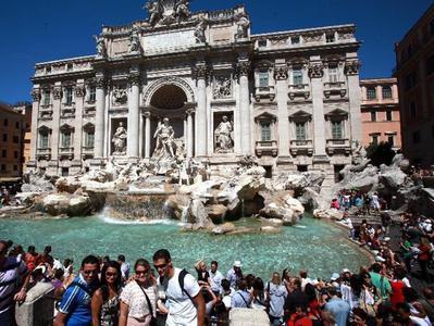 Roman Fountains Segway Tour with Trevi Fountain