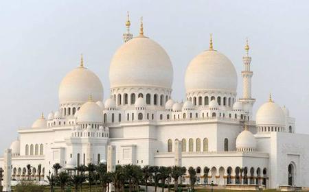 From Dubai: Private City Tour of Abu Dhabi