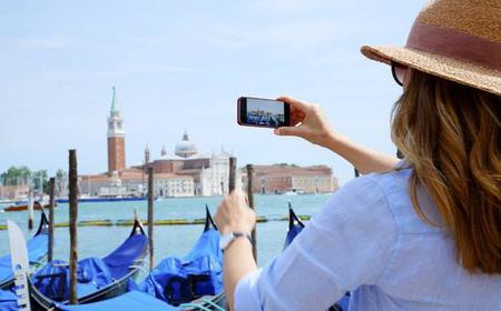 Venice: 2.5-Hour Guided Walking & Private Gondola Ride