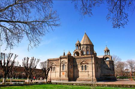 Day Trip: Echmiadzin Mother Cathedral, Hripsime Church, Gayane Church and Zvartnots Temple from Yerevan