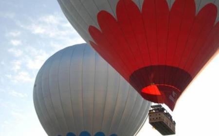 Fahrt im Heißluftballon über Kappadokien mit Champagner