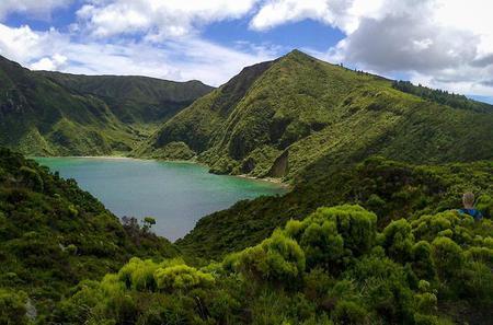 Walking Tour of Lagoa do Fogo Trail