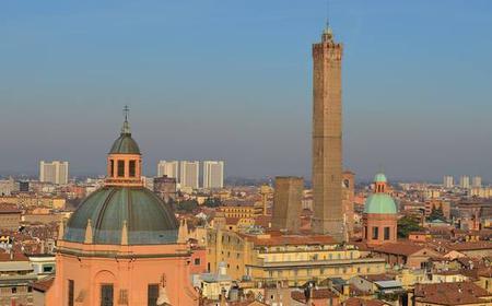 Bologna: 2-Hour Via del Pratello - Giardini Margherita