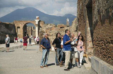 Pompeii and Sorrento Small Group Tour from Naples