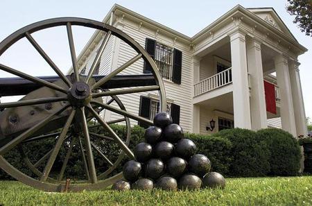 Civil War and Plantation Tour from Nashville