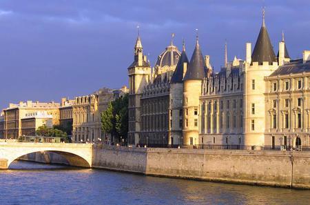 Skip the Line: Paris Conciergerie Monument