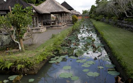 From Bali: Monkey Forest, Taman Ayun, Tanah Lot Temple Tour