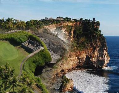 Bali: Uluwatu Cliff and Seafood Dinner Afternoon Tour