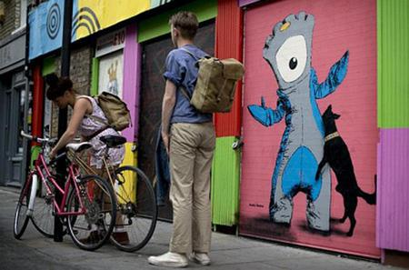 Small Group Tour: London National Gallery and East End Street Art Guided Tour