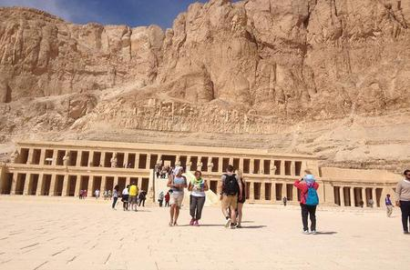 Private Transport to 3 West Bank Monuments of Your Choice from Luxor