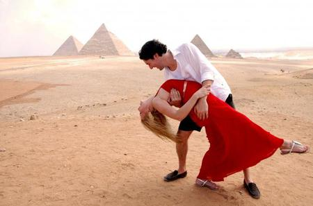 Private Day Tour to Giza pyramids Egyptian Museum Alabaster Mosque and Khan Market from Cairo