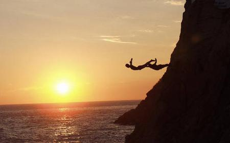 High Cliff Divers by Night with Dinner from Acapulco