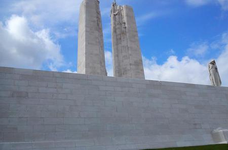 9 Hour Canadian WW1 Somme Battlefield Tour departing from Arras or Lille