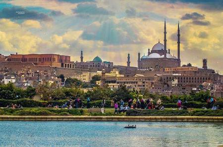 El Moez Street and Al Azhar Park Day Tour in Cairo