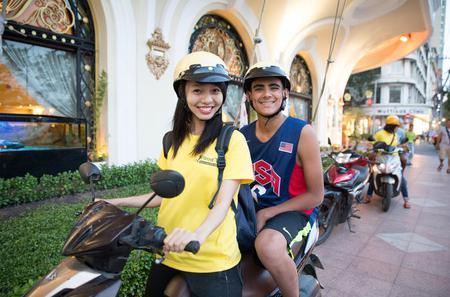 Half-Day Ho Chi Minh City Tour on Motorbike Including Saigon Street Food