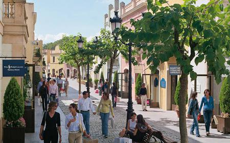 Barcelona: La Roca Village 1-Day Shopping Experience