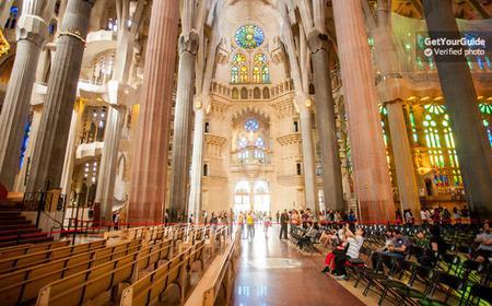 Fast Track Entrance: Guided Tour of the Sagrada Familia