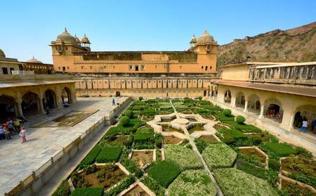 Jaipur: Private Welcome Tour w/ a Local